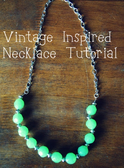vintage website necklace green beads