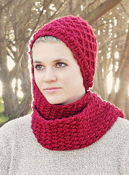 woman wear knit hood scarf
