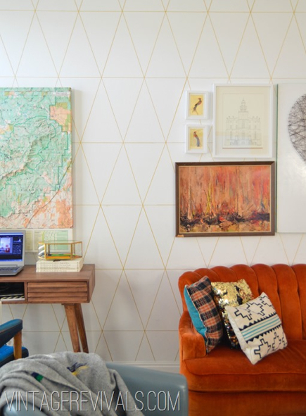DIY wallpaper with Sharpie markers