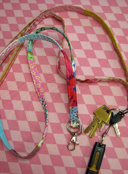 how to make a lanyard