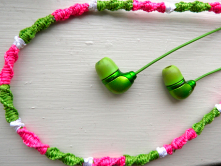 DIY For Teens Floss Wrapped Earbuds