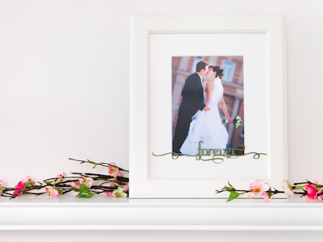DIY Wedding Photo Frame with Cricut