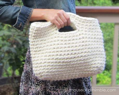 Knit a Chunky Cabled Purse (Free Knitting Pattern)