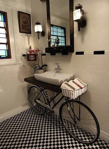Crafty Organizing Ideas for the Bathroom