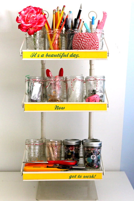 5 great ideas for organizing your craft materials craftfoxes for Ways to organize craft supplies