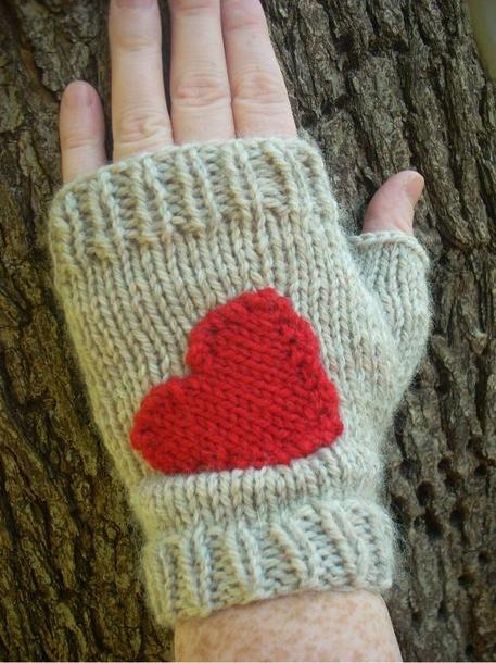 6 Knit and Crochet Valentine's Day Patterns