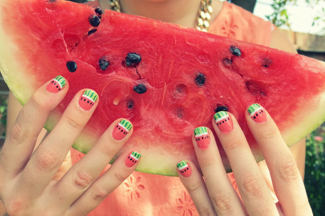Ten unique nail art tutorials for short nails - Summer Nail Designs For Short Nails - Craftfoxes