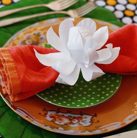 paper plate magnolia napkin ring