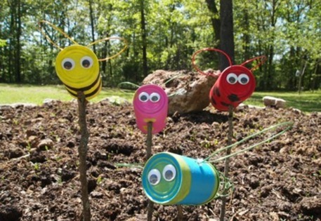 tin can bugs in outside garden - Garden Art Ideas For Kids