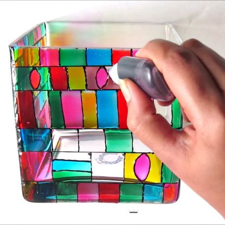 Videos to Learn How to Paint Glass