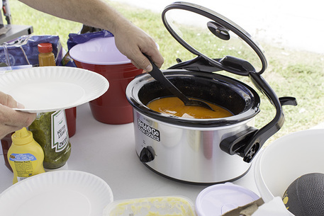 tailgaiting crockpot giveaway
