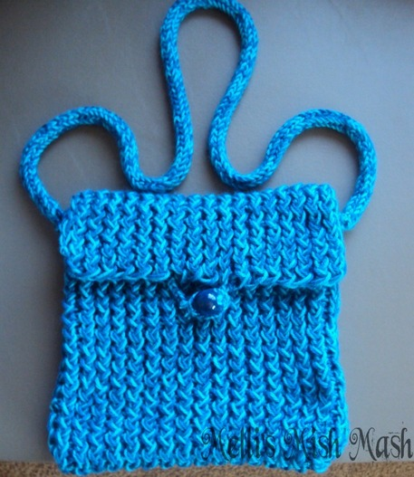 Blue knit messenger bag