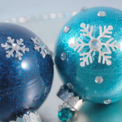 easy diy glitter christmas ornaments