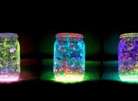Diy Glowing Mason Jars Videos Craftfoxes
