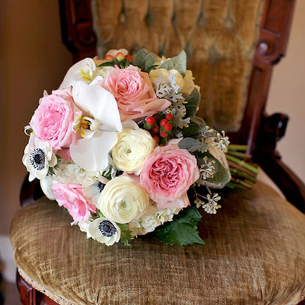 5 Wedding Flower Photos — Bouquets to Inspire
