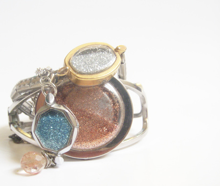 DIY Upcycled Glitter Jewelry