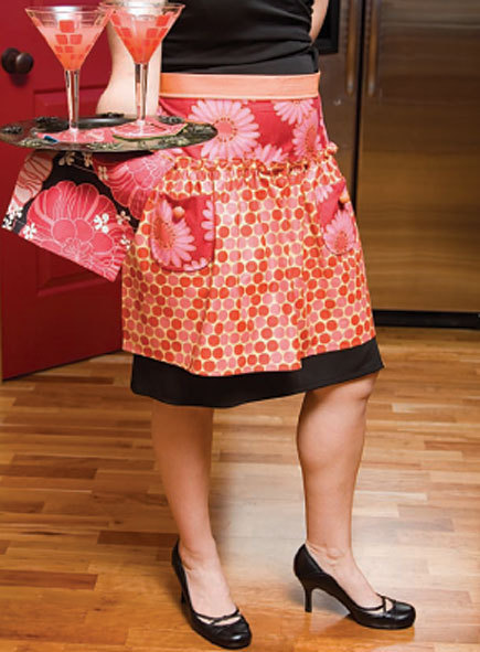 Vintage-Style Aprons from 'Oh Sew Easy'
