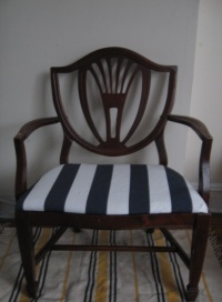 Vintage Wooden Chair — Fix it or Nix it?