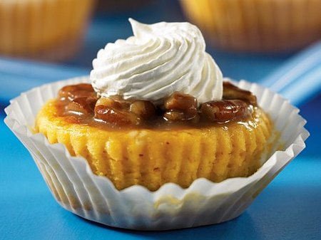 Mini Pumpkin Cheesecakes with Caramel Pecan Topping
