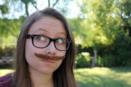 Crocheted Mustache (Free Pattern)
