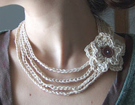 How To Crochet Necklaces (Free Crochet Pattern)