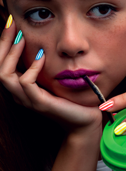 Candystripe Nail Art