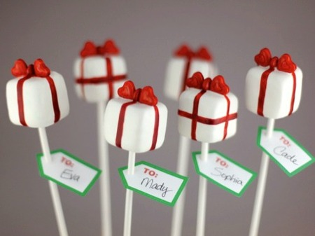 Valentine Crafts: Pretty Presents Cake Pops
