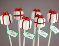 Valentine Crafts: Pretty Presents Cake Pops