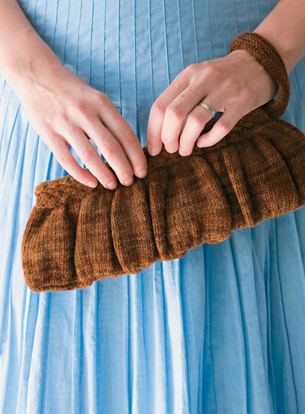Knit Wool Clutch (Free Knitting Pattern)