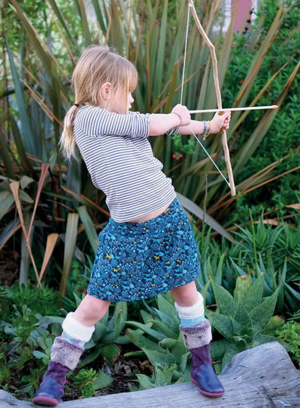 Dad Crafts — Bow and Arrows