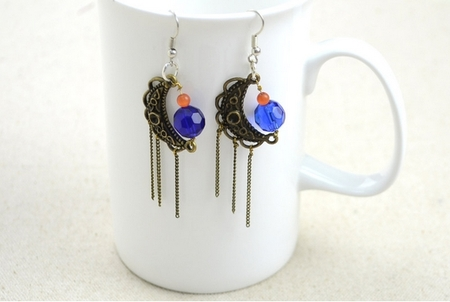 How to Make Jewelry with Wire and Beads: Fantastic Galaxy Beaded Earrings