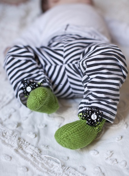 Lullaby Baby Booties (Free Knitting Pattern)
