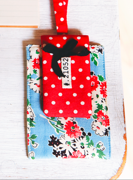 Patchwork Mobile Phone Pouch Pattern