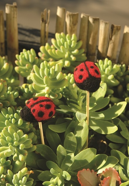 Flower Pot Decor: Felted Lady Bug Stake