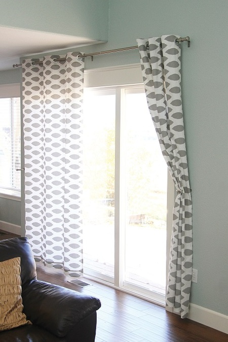 No-Sew Grommet Curtains (Free Pattern)