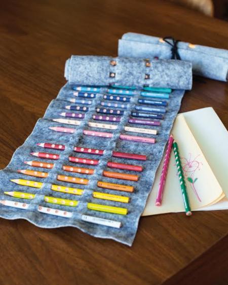Felt Pencil Roll (Free No-Sew Pattern)