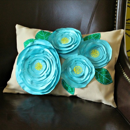 No Sew Flower Pillows