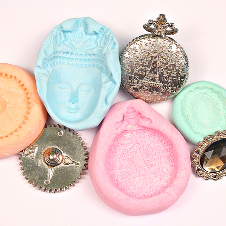Cornstarch and Silicone Molds DIY
