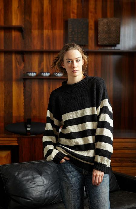 Oversized Striped Comfy Sweater (Free Knitting Pattern)