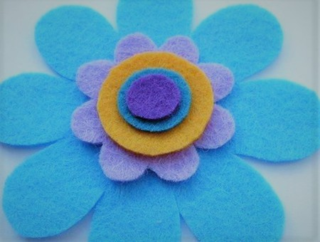 How To Make Simple Round Felt Flowers Diy Gift Ideas