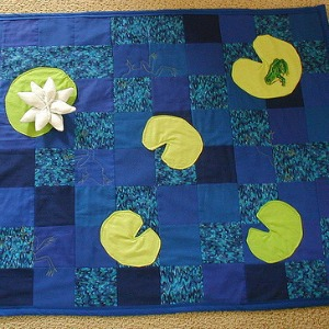 frog patchwork baby quilt