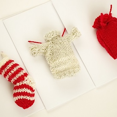 How to knit Christmas cards