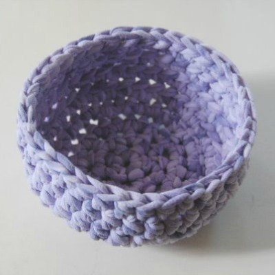 upcycled t-shirt crochet bowl
