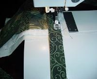sew binding to a quilt