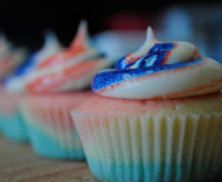 double-swirl 4th of july holiday cupcakes