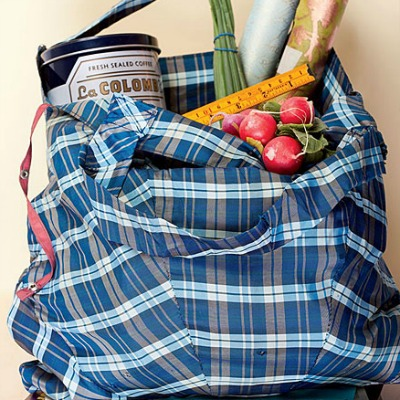 Upcycle an umbrella into a large tote