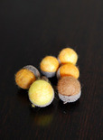 autumn craft idea featuring felted acorns