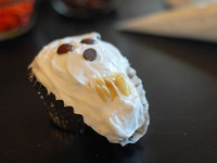 halloween food, ghost cupcakes