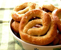 Craft bits, tips on making pretzels