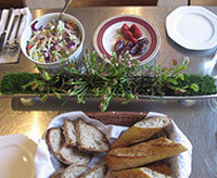 Thanksgiving tablescape idea using plants as a centerpiece